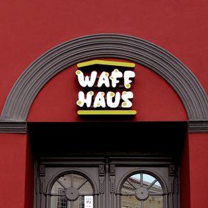 Waff haus