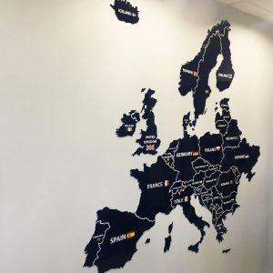 Žemėlapis iš organinio stiklo